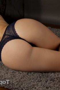 Lizelle, horny girls in France - 5158
