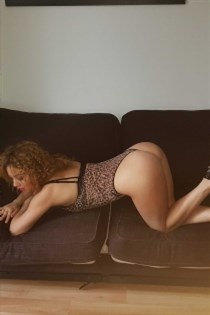 Petrunika, horny girls in France - 4849